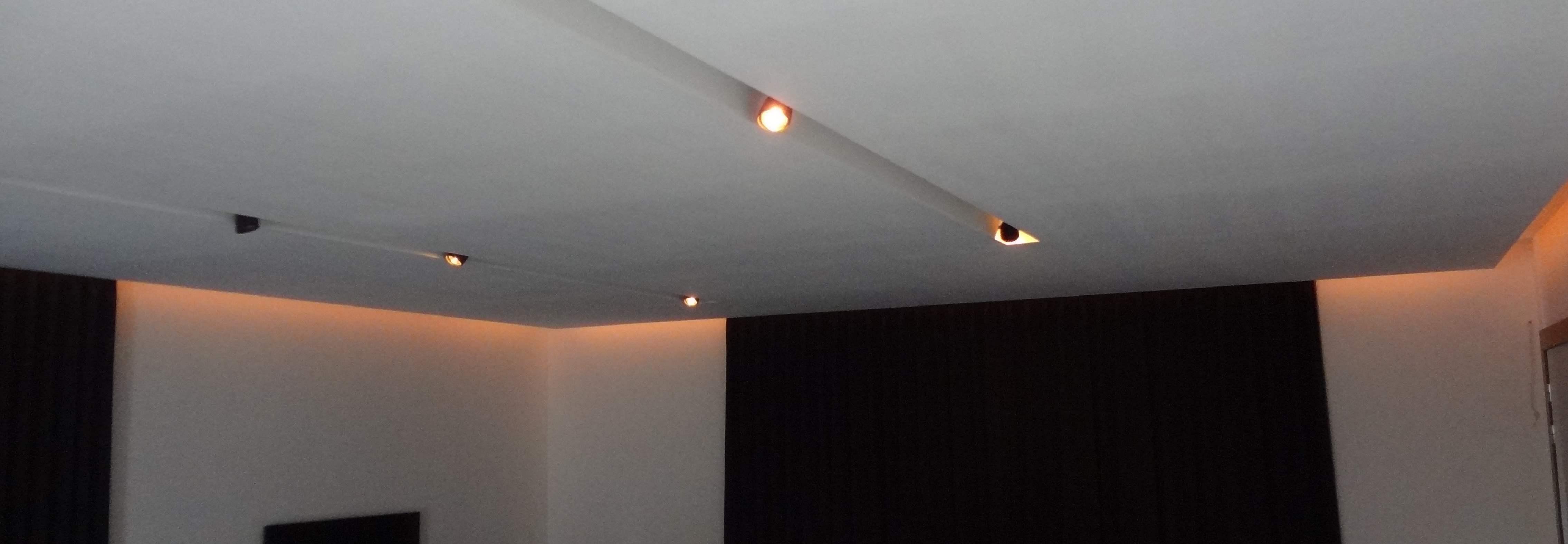 Verlaagd plafond afwerking fase 2 (interieur en decoratie)